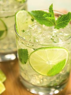 Mojito With Coconut Water Recipe. How to make Mojito With Coconut Water by Ankita Ghosh - Plattershare. St Patrick's Day Cocktails, Cocktail Drinks, Cocktail Recipes, Green Cocktails, Party Drinks, Fun Drinks, Yummy Drinks, Drinks Alcohol Recipes, Non Alcoholic Drinks