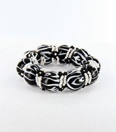 very cute black/white bracelet