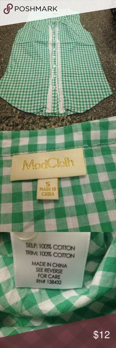 ModCloth top small green/white Great shape. Neat sleeveless shirt. Modcloth Tops Button Down Shirts