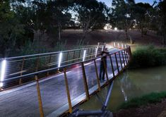 06 OXIGEN_TORRENS-BRIDGE_1-SAM-NOONAN « Landscape Architecture Works | Landezine