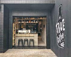 Cafe Shop Design, Coffee Shop Interior Design, Small Cafe Design, Kiosk Design, Cafe Bistro, Cafe Bar, Cafe Restaurant, Restaurant Design, Small Coffee Shop