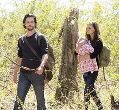 The Originals – TV Série - Hayley Marshall (Phoebe Tonkin) - baby Hope Mikaelson - Jackson Kenner (Nathan Parsons) - daughter (filha) - mother (mãe) - mom (mamãe) - stepfather (padrasto) - Jackson and Hope and Hayley