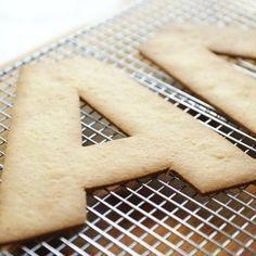 Almond Sablé Dough Recipe – Sugar Geek Show Sable Recipe, Tart Recipes, Sweet Recipes, Cookies Et Biscuits, Sugar Cookies, Pasta Sable, Sable Cookies, Number Cakes, Birthday Cakes