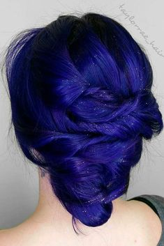 Chic and Sexy Blue Hair Styles for a Brave New Look ★ See more: http://glaminati.com/blue-hair-sexy-styles/ blue hair // colorful hair // electric blue