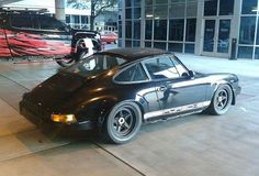 Matt's 911 Hotrod has 917 inspired wheels @mattcrooke #fifteen52 #porsche #outlaw #hotrod #911 #917 #aircooled #sema #lasvegas #period #inspired #nomore #old #dodgy #magnesium #getoutanddrive #modifiedporsche #kw #stance #bisimoto #alchemypaint