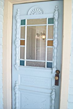 Save This Old House: Texas Queen Anne Farmhouse door with spindlework and original stained glass windows on light blue queen anne farmhouse garland texas save this old house Victorian Front Doors, Vintage Doors, Antique Doors, Old Doors, Victorian Homes, Victorian Interiors, Antique Art, Victorian Era, House Windows