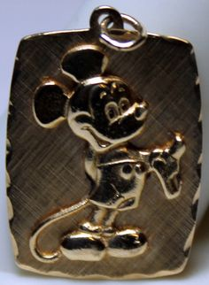 14k Yellow Gold Large Mickey Mouse Charm Pendant Walt Disney Production 3.3 Gram