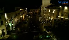 Live Cam Town Square in Assisi