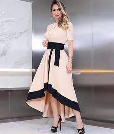 Shop Short Sleeve Colorblock Insert Dip Hem Dress right now, get great deals at joyshoetique Dress Outfits, Casual Dresses, Fashion Dresses, Work Dresses, Midi Dresses, Maxi Dress With Slit, Bodycon Dress, Pinterest Fashion, Girl Fashion