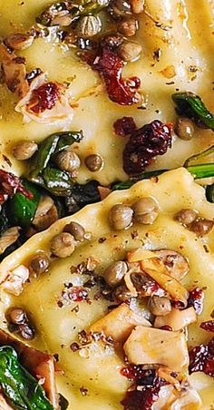 Italian Ravioli with Spinach, Artichokes, Capers, Sun-Dried Tomatoes Best Pasta Recipes, Vegetarian Recipes, Chicken Recipes, Cooking Recipes, Healthy Recipes, Fettucine Alfredo, Clean Eating, Healthy Eating, Pasta Dinners