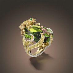 Frog Ring (18k gold & yellow Diamonds) Georland