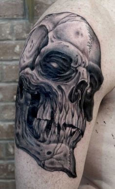 Anderson Luna is a master of black and grey tattoo, refined and elegant Saved Tattoo, I Tattoo, Full Body Tattoo, Dope Tattoos, Tattoo Parlors, Black And Grey Tattoos, Traditional Tattoo, Beautiful Images, Tattoo Artists
