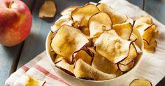 Recette de Chips de pommes mini calories au four. Facile et rapide à réaliser, goûteuse et diététique. Ingrédients, préparation et recettes associées.