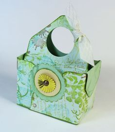 Tiny Tote--fun way to present gift cards for the holidays #clubscrap #splitcoaststampers