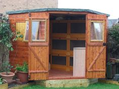 very nice rabbit shed