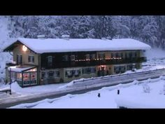 Gästehaus Martinsklause - Ramsau - Visit http://germanhotelstv.com/gastehaus-martinsklause Surrounded by beautiful mountain scenery in the Berchtesgaden national park this family-run accommodation in the heart of Ramsau offers traditional Bavarian hospitality in cosy 3-star apartments. -http://youtu.be/3w2rSOAU_FU