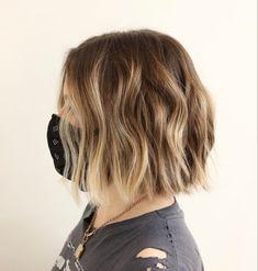 Short Wavy Haircuts, Wavy Hairstyles, Medium Hair Styles, Short Hair Styles, Pin Straight Hair, Cool Hairstyles For Girls, Blonde Hair Looks, Hair Color Techniques, Shoulder Hair