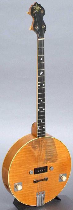 Vega Electric Tenor Banjo (c.1939) Confira aqui http://mundodemusicas.com/lojas-instrumentos/ as melhores lojas online de Instrumentos Musicais.