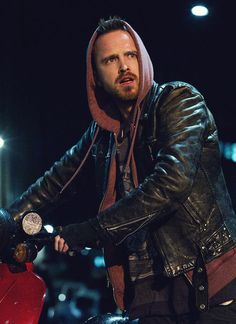 Aaron Paul, male actor, Jessie Pinkmann in Breaking Bad, celeb, portrait, photo