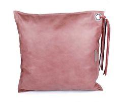 leren kussens rood roze leer met ring | SPRDLX.NL kussens & woonaccessoires