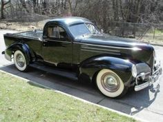 1939 Studebaker Coupe Express.
