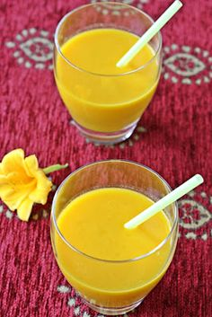 Tropical Smoothie - Mango and Pineapple