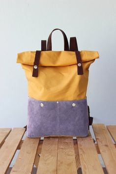 Waxed Canvas Backpack Rolltop with brown leather by Phestyn