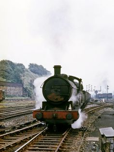 Raven Q6 (NER T2) 0-8-0 63426 hard at work pounding through Wakefield Kirkgate with a train of coal. 6th July 1966 (Bill Wright)