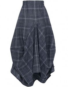 Grey Check Skirt. Love the creative seaming. I might have to try this myself...