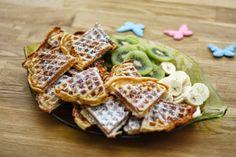 Dinkelwaffel-Herzen mit frischen Früchten