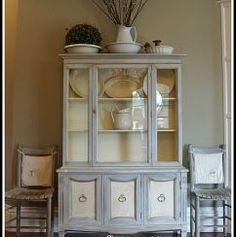 chalk paint french china hutch chalk paint doors garages home decor painted furniture This is a china hutch I refinished using ASCP in Paris Gray and Old White Chalk Paint Dresser, Chalk Paint Furniture, Furniture Projects, Home Furniture, Diy Projects, Furniture Refinishing, Furniture Repair, Furniture Websites, Funky Furniture