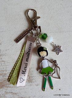 """Bijou de sac, grigri, Lili et Ma* Créations """"Merci maîtresse"""" poupée articulée : Porte clés par lili-et-ma-creations"""