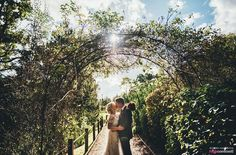 The Oak Tree of Peover wedding, couple shots