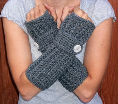 Love these long arm warmers / fingerless gloves
