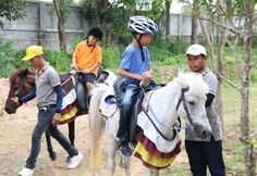 Special-needs children received a physical and emotional boost by riding horses… Horse Therapy, Horse And Human, Riding Horses, Autistic Children, Special Needs Kids, Pattaya, Horse Racing, Riding Helmets, Health