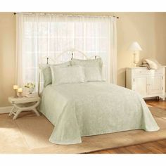 Belle Maison Provence Matelasse Bedspread Collection, Blue