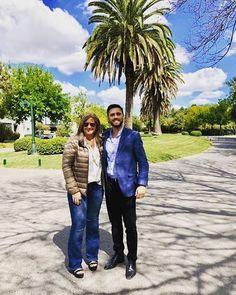 ✨💖😁¡¡¡Terminando la convención de la mejor manera.... compartiendo una muestra con un excelente compañero... para cumplir con los objetivos del 2018!!! ¡¡¡Gracias Mario Carpilovsca!!!✨💖😁  .  .  #remax #remaxuno #remaxargentina #convencion #hilton #agradecida #pasion #inmobiliaria #agenteinmobiliario #creer #crear #pasion #equipo #hayequipo #equipazo #hardwork #workhard