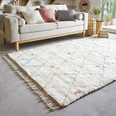 Room Inspiration, Interior Inspiration, Pretty Room, Diy Blog, Sofa, Berber Rug, Salon Design, Comfort Zone, Shag Rug