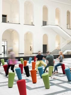 Stand-up: a stylish, fun and new mover - News from Wilkhahn at Orgatec 2014