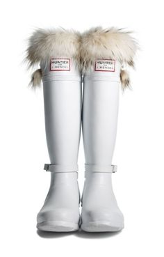 #GoSnowy with white Hunter boots!