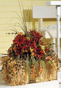 DIY Fall Floral Arrangement | Spruce up your front porch with fall decor