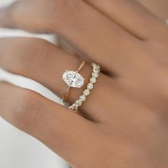 Dream Engagement Rings, Simple Engagement Rings Oval, Oval Diamond, Diamond Shapes, Dream Ring, Dream Wedding, Wedding Ideas, Wedding Styles, Wedding
