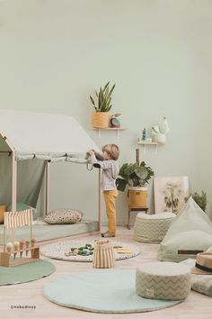 Mobili per bambini – Recycled Furnitures Ideas Playroom Decor, Baby Room Decor, Bedroom Decor, Bedroom Ideas, Baby Playroom, Bedroom Chair, Bedroom Storage, Bedroom Furniture, Baby Furniture Sets