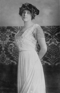Madeleine Talmage Astor, survivor of Titanic.