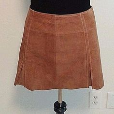 WILSON LEATHER MAXIMA SUEDE SKIRT SZ 10 TAN LEATHER PLEAYED MINI LINED #WilsonsLeather #Pleated