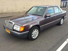 Mercedes-benz 220 E automaat / DE MOOISTE VAN NL / NAP / OR: http://link.marktplaats.nl/m917352504