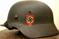 easy_green Helmets - Easy Green Helmets Home Military Hats, Military Uniforms, Pith Helmet, Police Hat, German Helmet, Military History, Headgear, World War, Wwii