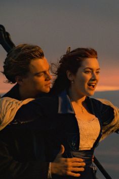"""Titanic: So hätte Leo überlebt Titanic: How Leo would have survived Three young math geniuses did the math: Jack could have been saved in """"Titanic"""" Sad Movies, Iconic Movies, Great Movies, Disney Movies, Film Titanic, Titanic Art, Titanic Quotes, Leo And Kate, Best Romantic Movies"""
