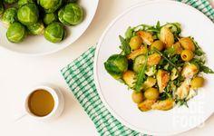 Для вас, любители здоровой пищи! http://handmadefood.ru/recipes/salat-s-rukkoloy-i-avokado--2