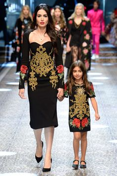 b4c50b10892 Dolce   Gabbana Herbst Winter 2017 Ready-to-Wear - Fashion Shows